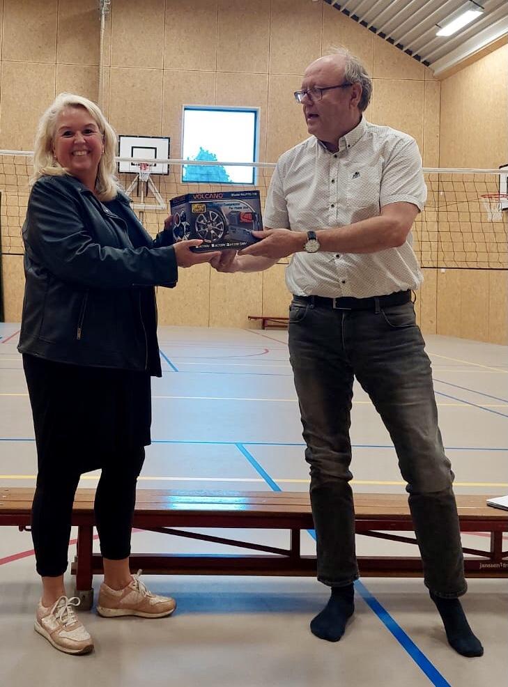 Volleybal krijgt pomp kado van sponsor Ruchti!
